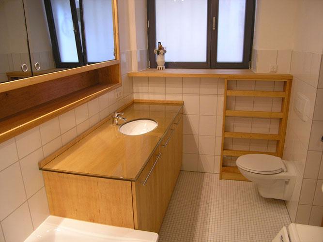 praktische badeinbauten mit gemutlichkeitsfaktor die den raum grosszugiger wirken lassen